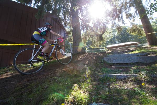 Sarah rides it, yeaaa!!!